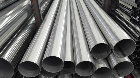 Cina ASTM API 5L X42-X80 Oil And Gas Carbon Seamless Steel Pipe / 20-30 Inch Seamless Steel Tube pemasok