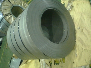 Cina Prime 2B BA 6k 8k HL Finish 201 304 316 409 Baosteel Aisi 201 Stainless Steel Coil In Large Stock pemasok