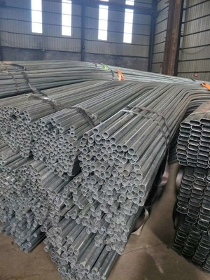 Cina GI Tubing Galvanized Seamless Steel Pipe ERW Carbon GI pipa Hot Dip Galvanized Pipe pemasok